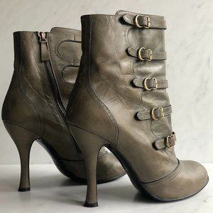 Stunning Marc Jacobs Victorian Buckle Ankle Boots
